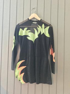 Zwart met fel Groen en Oranje glitterstof pakje